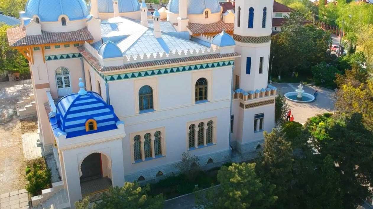 Дача Стамболи — архитектурная изюминка города-героя Феодосии